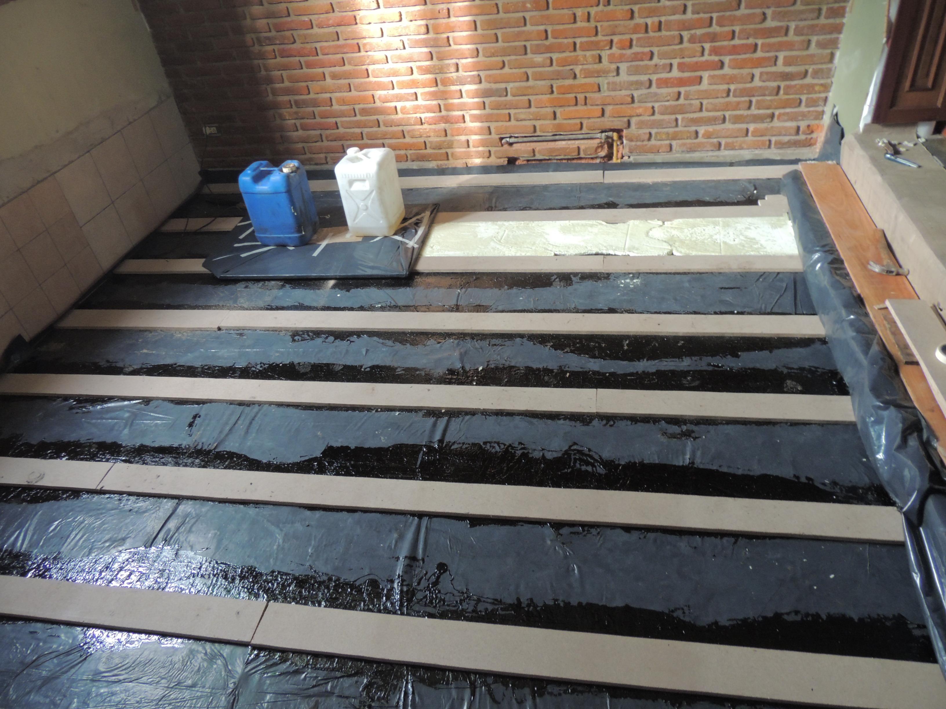 Humedad parquet entablonado mi piso tiene humedad for Pisos ceramicos de madera