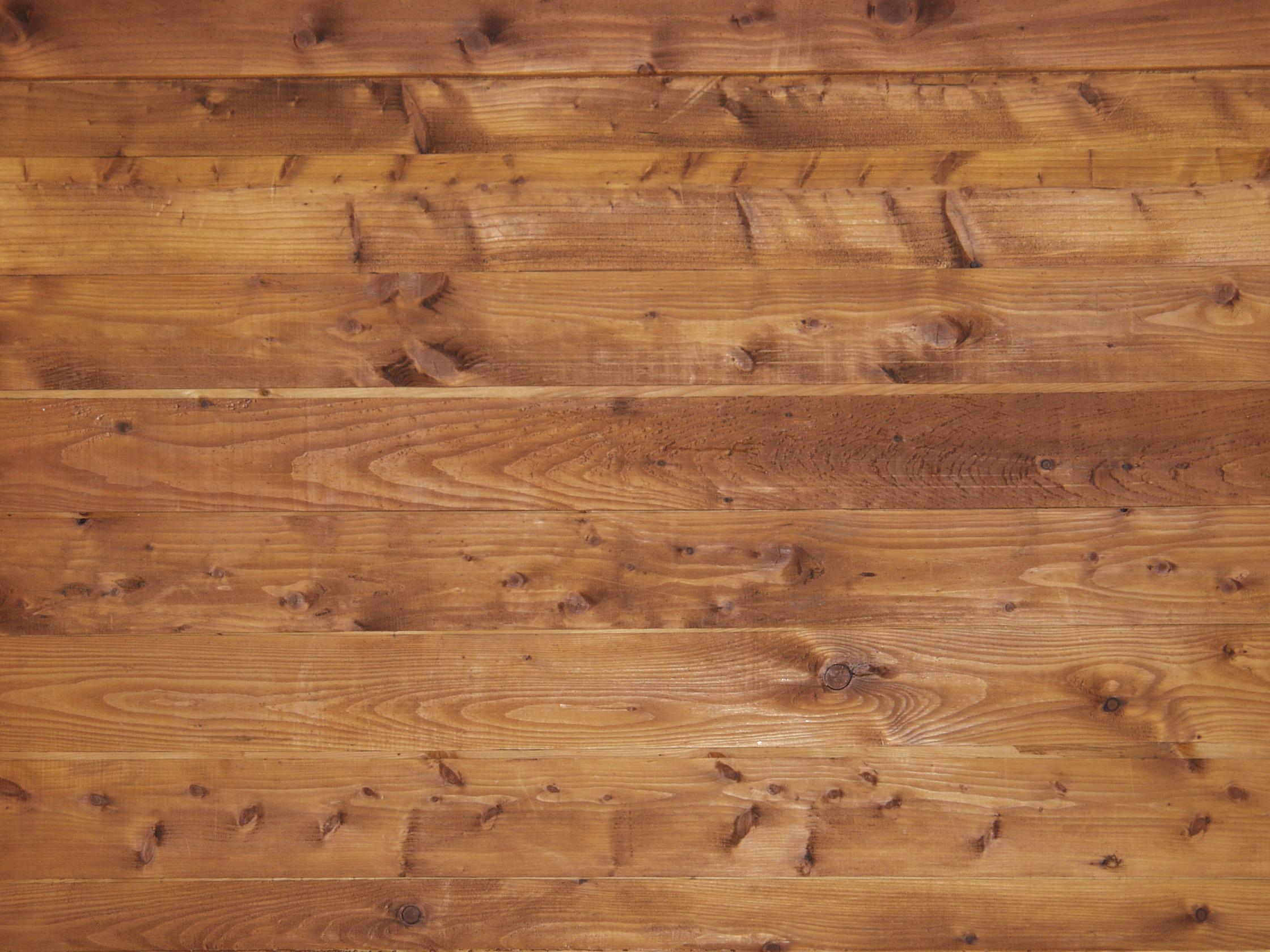 Juntas entre la madera espacio en pisos espacio entre el for Pisos de bar madera