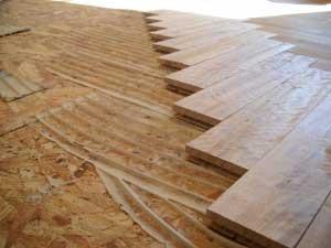 Se puede colocar un piso de madera sobre una carpeta - Se puede colocar un piso ceramico sobre otro ...