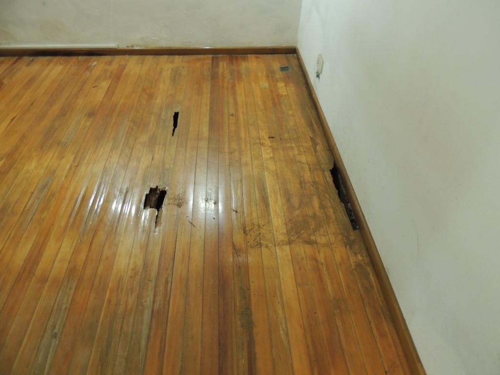 Poner suelo de madera best reformas en el suelo with - Suelos faciles de poner ...
