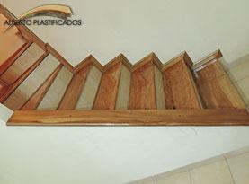 revestimiento de escalera madera anchico