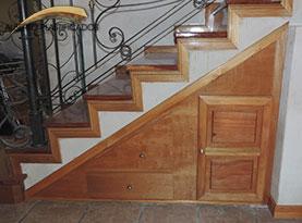 mueble para escalera