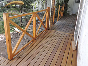 cerca en madera deck